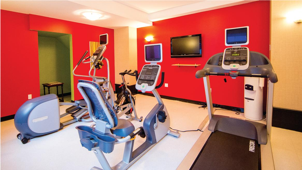 Fitness Centre 6 of 15