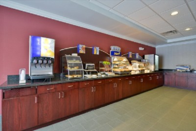 Enjoy A Complimentary Hot Breakfast In The Morning 6 of 14