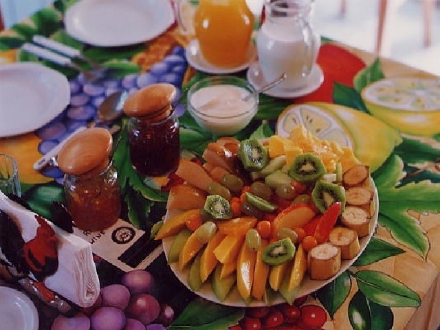 Ken\'s Bed & Breakfast Fruit Platter 4 of 16