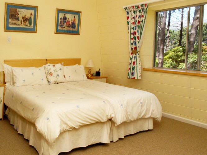 Twin Bedded B&b Room With Tranquil Forest Views 8 of 16