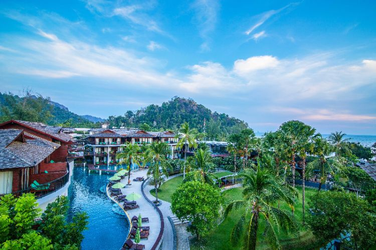 Holiday Inn Resort Krabi Ao Nang Beach 1 of 31