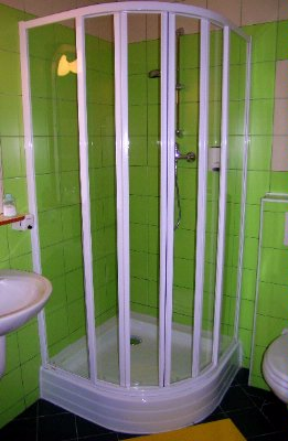 Bathroom 8 of 11