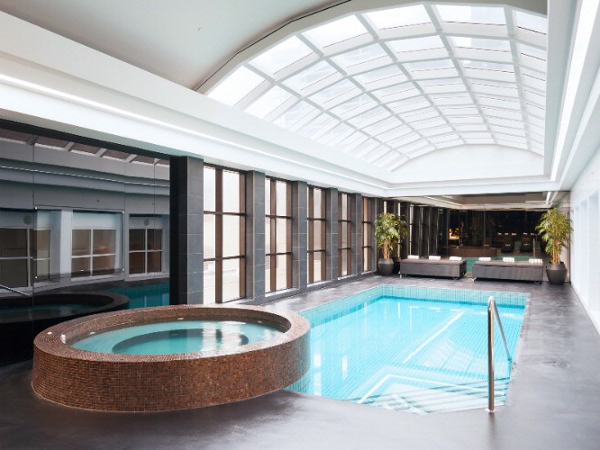 Indoor Swimming Pool 10 of 13