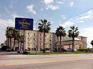 Holiday Inn Express Bakersfield 1 of 5
