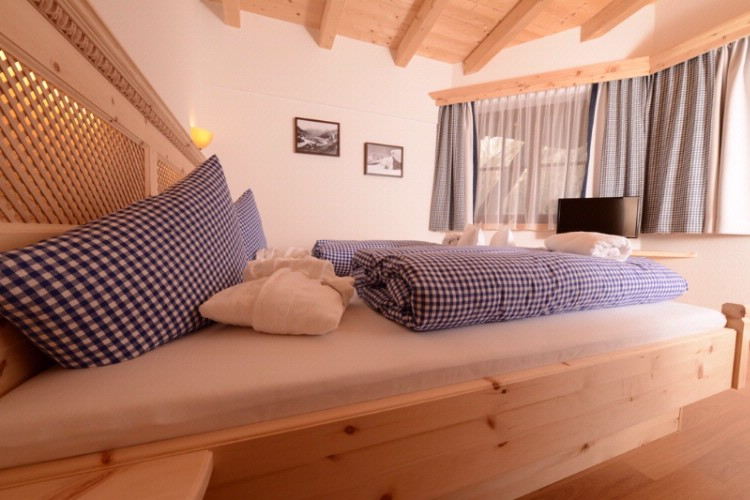 Sleeping Room Chalet 4 & 12 Person 16 of 19