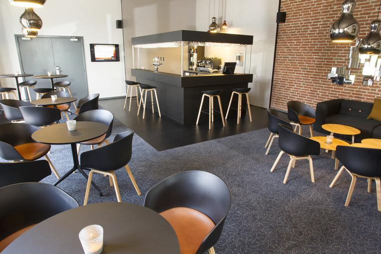 Comwell Sønderborg -Bar Area 5 of 11