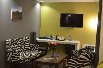 Executive Suite Amenities 6 of 15
