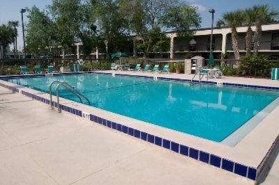 Heated Pool And Picnic Area 7 of 7