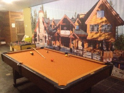 Games Room -Pool Table Fooze Ball & Dart Board 11 of 15
