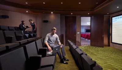 Screening Room 9 of 16