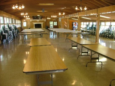 Dining Hall Serves Kosher Style Meals 3 of 7