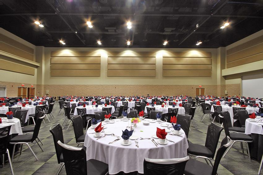 Banquet Facility 4 of 5