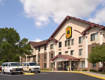 Super 8 Hotel Bloomington Mn 2 of 8