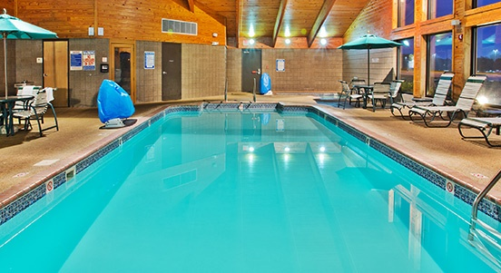 Indoor Pool & Spa 6 of 14