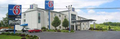 Motel 6 Bristol 2 3 of 7