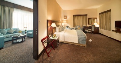Executive Suite Room 10 of 15