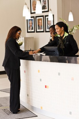 Hotel Reception 9 of 16