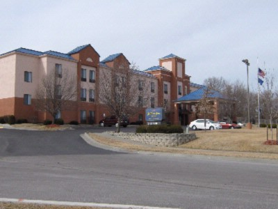 Lansing Holiday Inn Express Hotel Suites 120 Dr Ks 66043