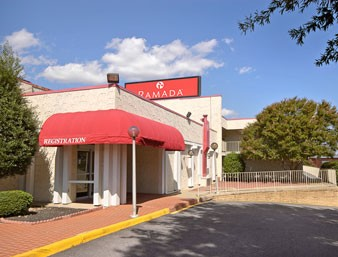 Image of Ramada Inn West