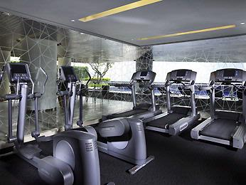 Fitness Center 10 of 31