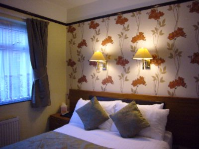 Popular Single Room With Double Bed 16 of 28