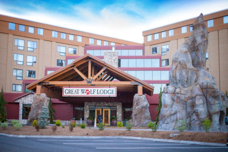 Great Wolf Lodge / New England