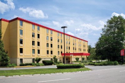 Red Roof Inn Boston Mansfield / Foxboro 60 Forbes Blvd. Mansfield MA 02048