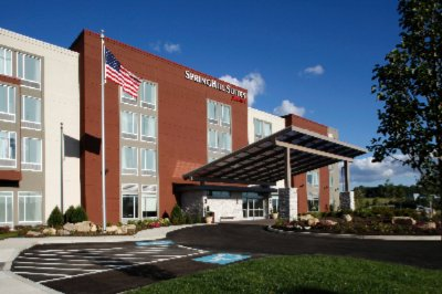 Springhill Suites by Marriott Pittsburgh Latrobe 1 of 6