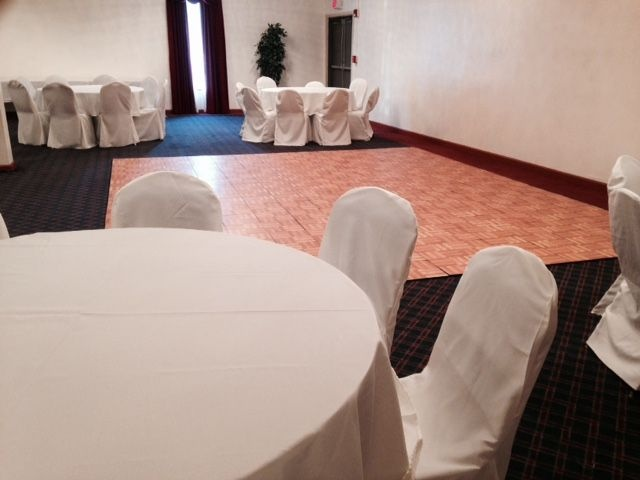 Banquet Room 7 of 14