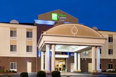 Holiday Inn Express & Suites Athens Al 2 of 11