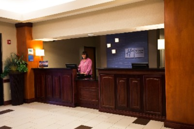 Our Friendly Guest Services Representatives Are On Location 24/7 To Assist Our Guests Needs. 4 of 9