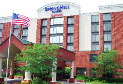 Springhill Suites by Marriott Warrenville 1 of 9