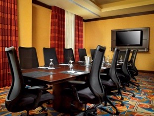 Hawthorn Board Room 8 of 13