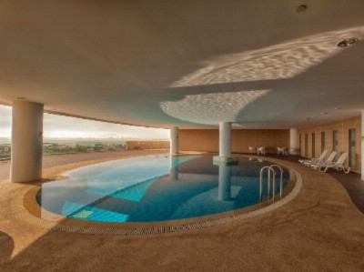 Indoor Swimming Pool 3 of 14