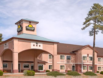 Days Inn & Suites of Payson 1 of 7
