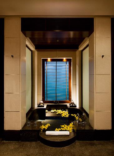 The Chedi Club Suite -Terazzo Sunken Bathtub 9 of 16