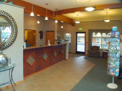 Front Desk/lobby 6 of 11