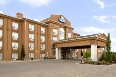 Days Inn & Suites Strathmore 1 of 13