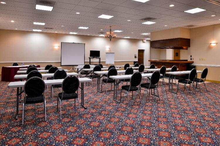We Offer 3000 Square Feet Of Flexible Meeting Space Accommodating 10 -160 11 of 14