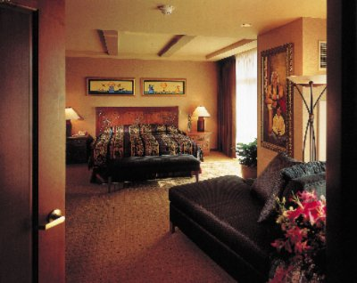 Hotel Room 4 of 6