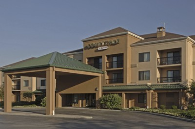 Courtyard By Marriott Independence 5051 West Creek Rd Oh 44131