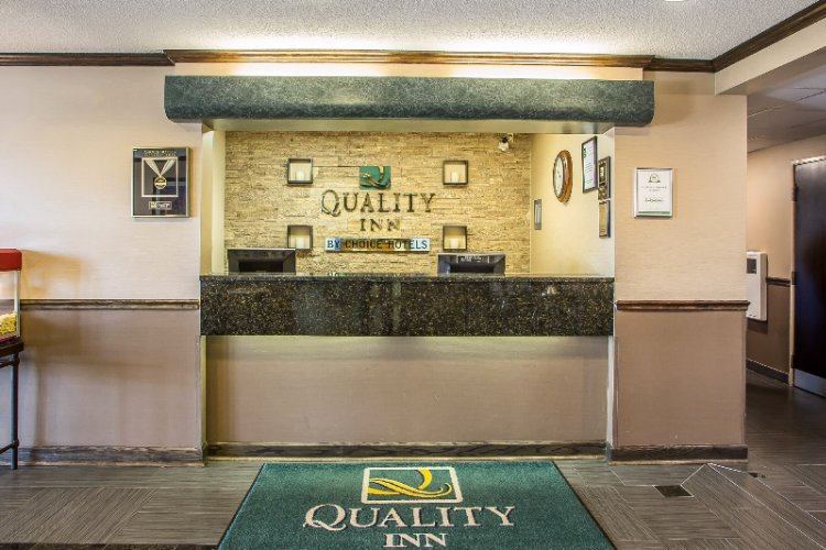 Front Desk Lobby With Complimentary Wireless High Speed Internet Access And 24/7 Complimentary Self Service Coffee Tea And Hot Chocolate Station Located In Breakfast Area 7 of 31