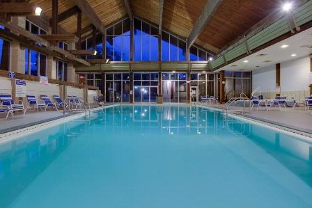 Indoor Pool 11 of 18