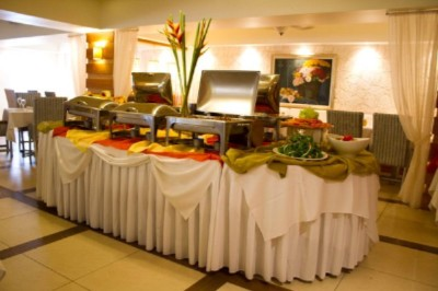 Buffet At Kanel Restaurant 8 of 10