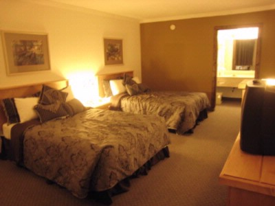 Full Double Rooms 3 of 11