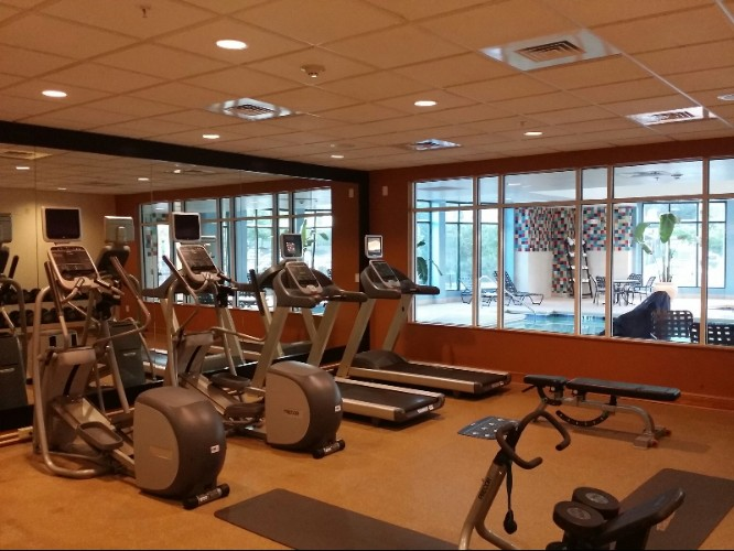 Fitness Center 7 of 18