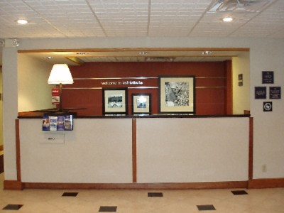 Front Desk 2 of 12
