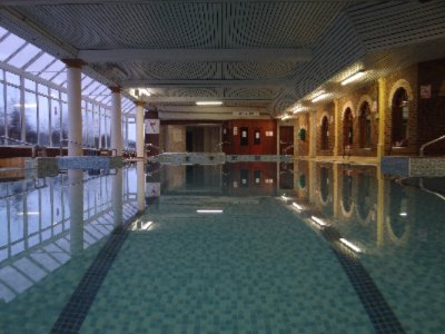 Full Leisure Centre & Pool 4 of 8