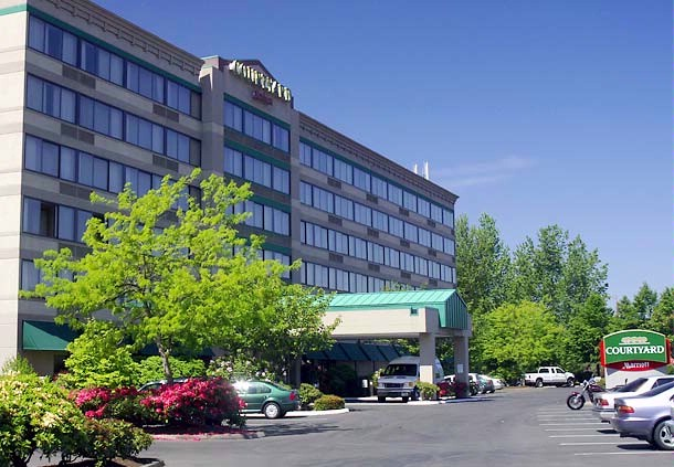 Courtyard by Marriott Portland Airport 1 of 7