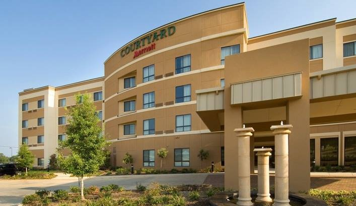 Courtyard by Marriott Tyler 1 of 11